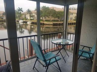 2/2 1st  Floor balcony screened in With boat slip  in Boca Raton, FL