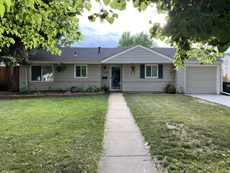 3B 1BA with huge yard and right by high line canal in Denver, CO