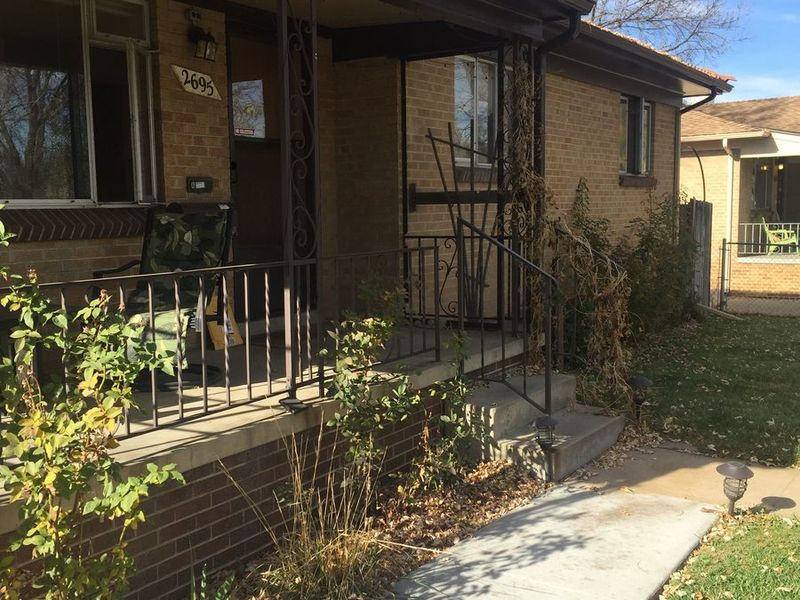 Comfy garden level apartment with one bedroom open in Denver, CO