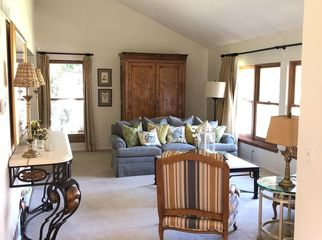 Spacious DTC home to share w Profess/Exec. Woman in Greenwood Village, CO