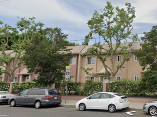 4 Bed, 2-1/2 Bath, 2-Story Townhouse in Canoga Park, CA