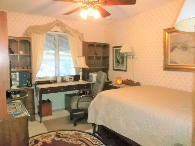 Scottsdale furnished Room Estate home Wifi, Cable in Scottsdale, AZ