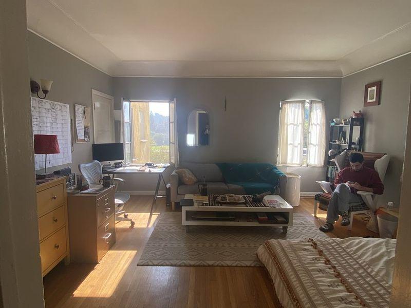 Super spacious Rooms available in Los Feliz in Los Angeles, CA