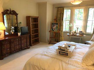 Atlanta- Buckhead home w/ Furnished bedroom/ bath in Atlanta, GA