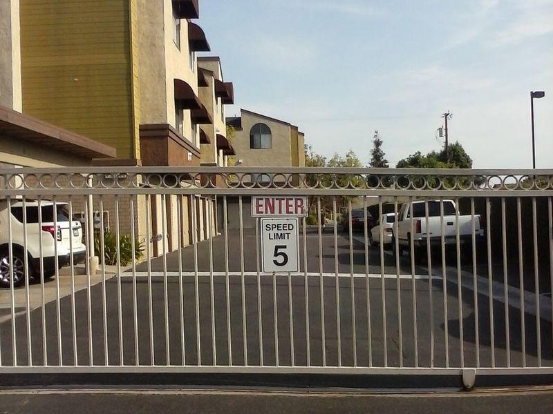 LARGE 2 BED 2 BATH APT TO SHARE IN ANAHEIM, CA in Anaheim, CA