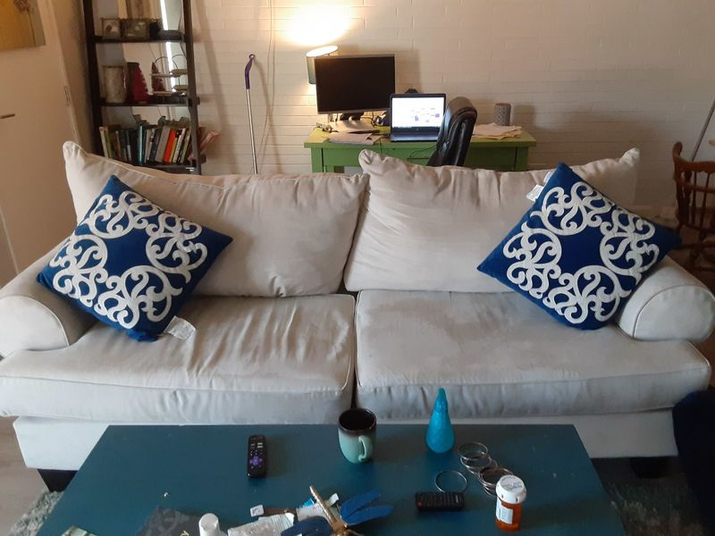 Looking for a roommate to share a 3 bdrm 2 bath DU in DENVER, CO