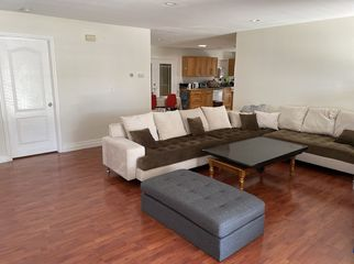 Room for Rent By Mile Square Park in Santa Ana, CA