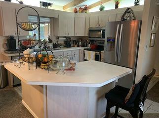 Widow seeking honest, reliable female roommate in Summerfield, , FL