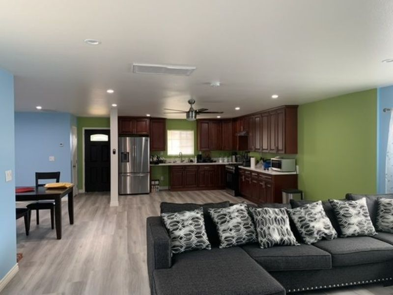 Room for rent  in Rialto, CA