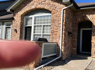 2 bedrooms 1 pvt bath and one car garage for rent  in littleton, CO