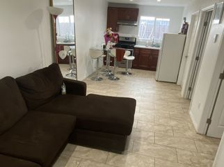 Chill back house, remodeled everything is new in North Hollywood , CA