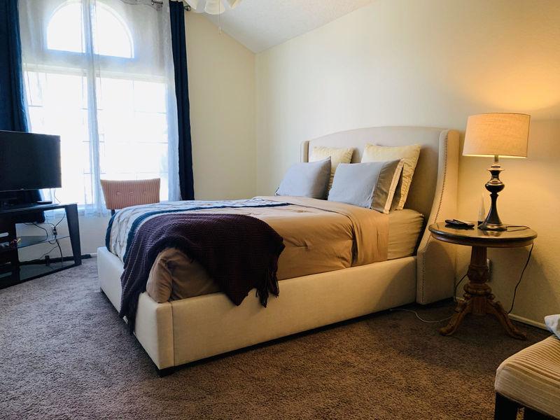 Spacious Room in desirable neighborhood  in Rancho Cucamonga, CA