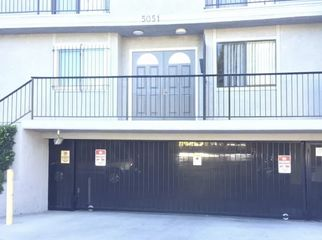 Small apartment complex with friendly neighbors. in Valley Village, CA