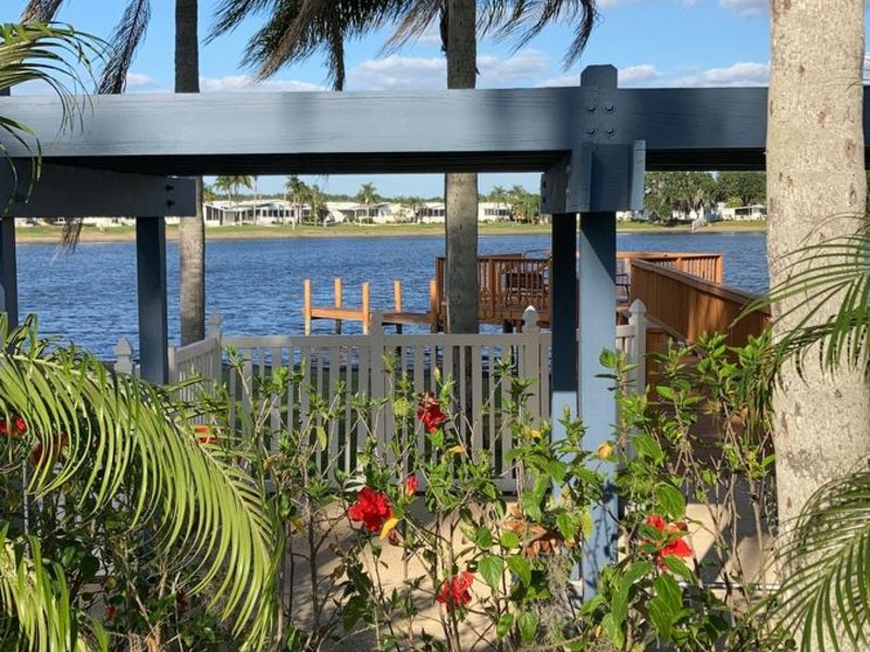 Quiet and friendly 55+ MH community welcomes you! in Zephyrhills , FL