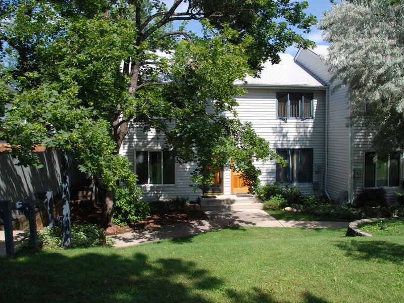 $1175/month, all-inclusive, studio apartment  in Boulder, CO