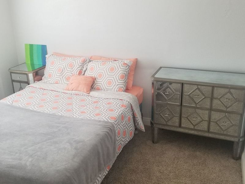 Private Bedroom Available in Ontario in Ontario, CA