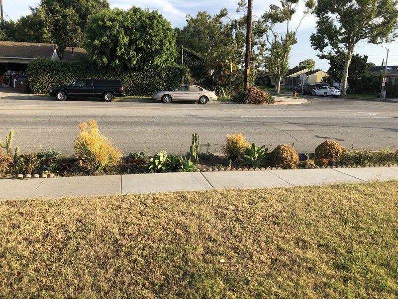 Single family located in El Dorado District  in Long Beach, CA