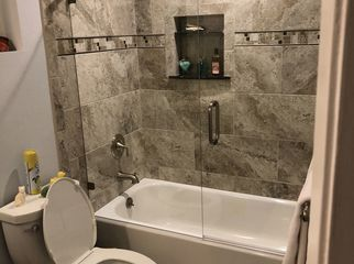 Private bath, use of kitchen, Jacuzzi, pool, views in Anaheim Hills, CA
