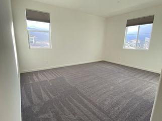 Large room for rent in nice neighborhood  in Lake Elsinore, CA