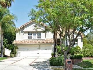 Rooms for rent in large Corona home in Corona, CA
