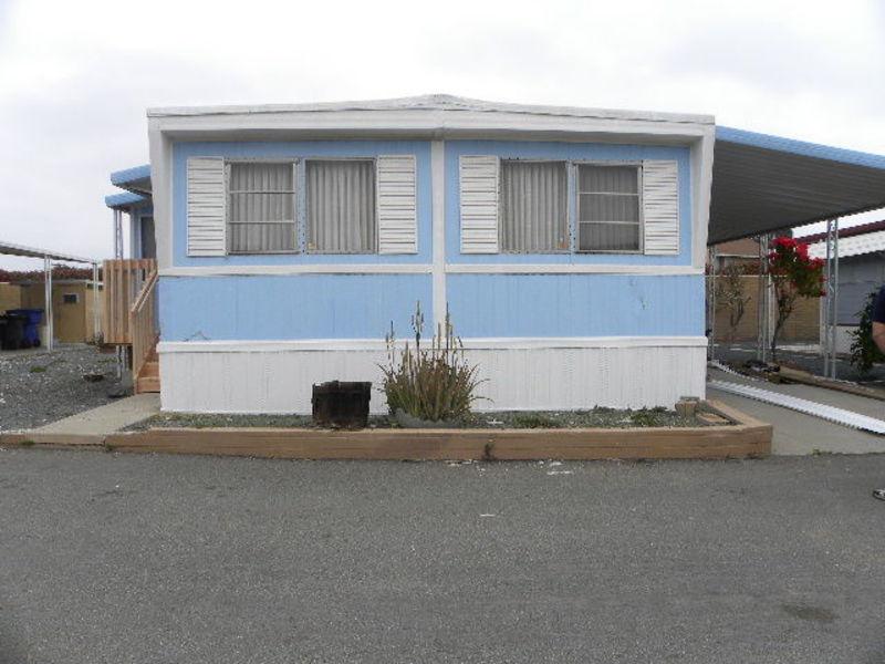 Double wide mobile home in park in Chula Vista in Chula Vista, CA