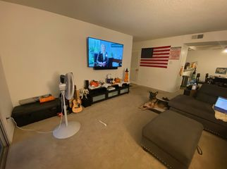 Very Comfortable Large Bedroom and Full Bath  in Huntington Beach, CA