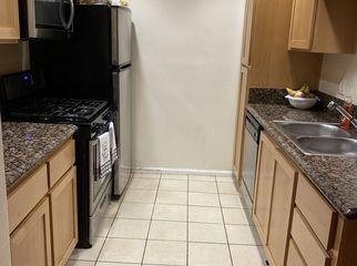 One Bedroom.One Bathroom, Kitchen, living room in Los angeles, CA