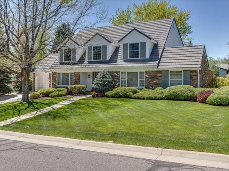 Location in save gated Community in Littleton, CO