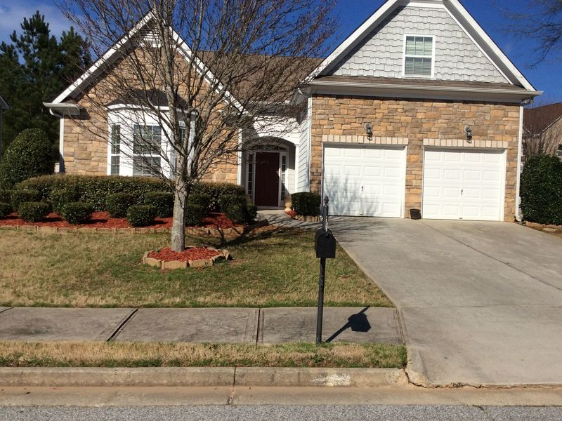 A well kept home in a beautiful quite community. in Atlanta, GA