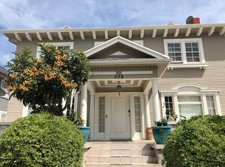 Mid City location.  Close to EVERYTHING! in Los Angeles , CA