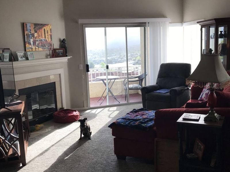 NO County, San Diego..light, bright 2/2 condo in Carlsbad, CA