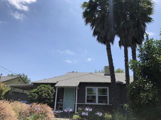 House in a great part of town with room available in Los Angeles, CA