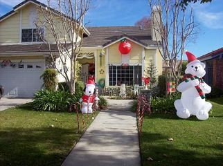 Large Beautiful, Clean, Safe and Comfy Home   in Redlands, CA