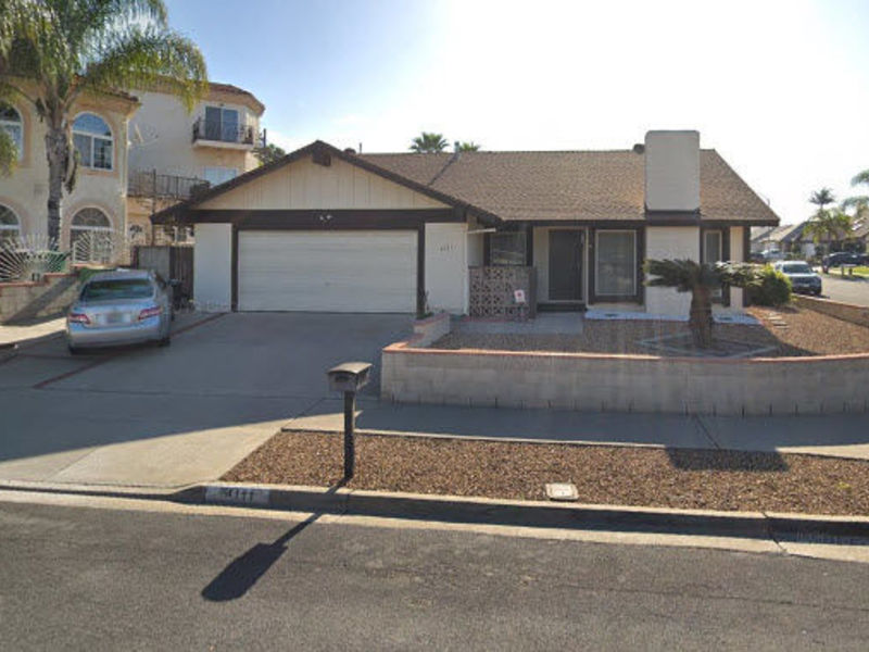 Furnished room with private bathroom in Oceanside, CA