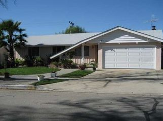 lovely 1956 era home,quiet neighborhood near mts in Duarte, CA
