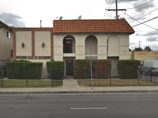 Near many food areas and right next to bus route in NORTH HOLLYWOOD, CA