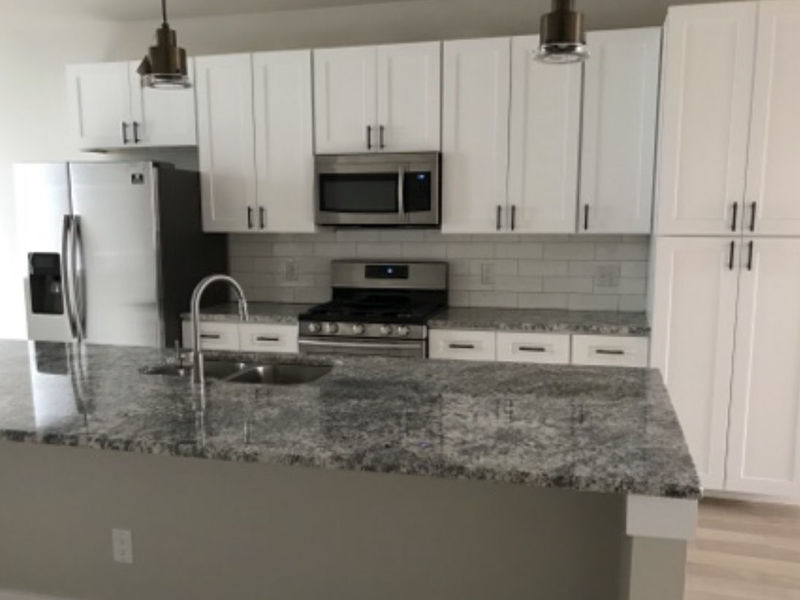 New Townhome with Rooftop Patio in Longmont, CO