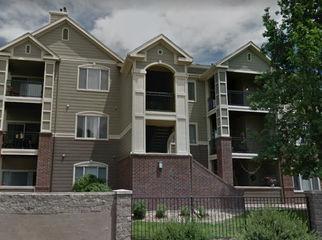 Nice and quiet apartment complex, in Aurora, CO