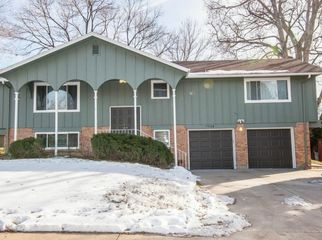Warm Green Mountain home-2 bedrooms avail in Lakewood , CO