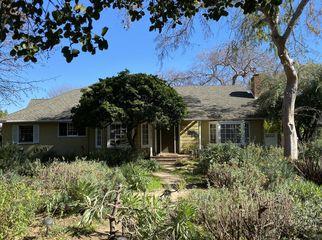 Lovely character house in beautiful Pasadena in Pasadena, CA
